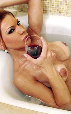 Claudia incontri Milano Trans Italia +393382657772